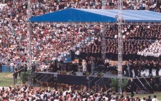 Classic Crusade 1 - Benny Hinn Ministries